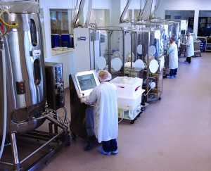 Photo 2: The FlexFactory ballroom production and purification line at GE Healthcare's Xcellerex contract manufacturing facility in Marlborough, MA (WWW.GELIFESCIENCES.COM)